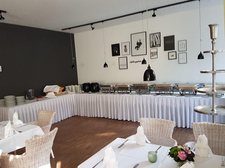 Restaurant flussaufwärts - für Ihre (Familien-)Feier. Leckeres vom Küchenchef, ein edles Tröpfchen - so lässt es sich gemütlich feiern!